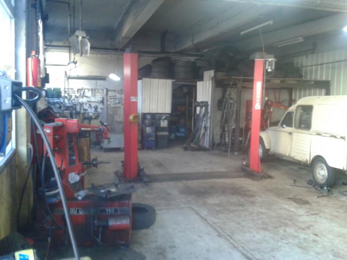 Mecanique automobile reprendre arrond de largenti re for Garage renault privas