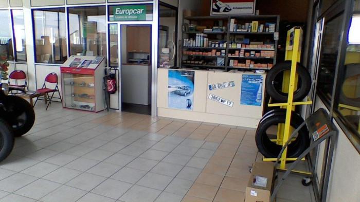 Garage automobile location europcar reprendre royan et for Garage opel charente maritime