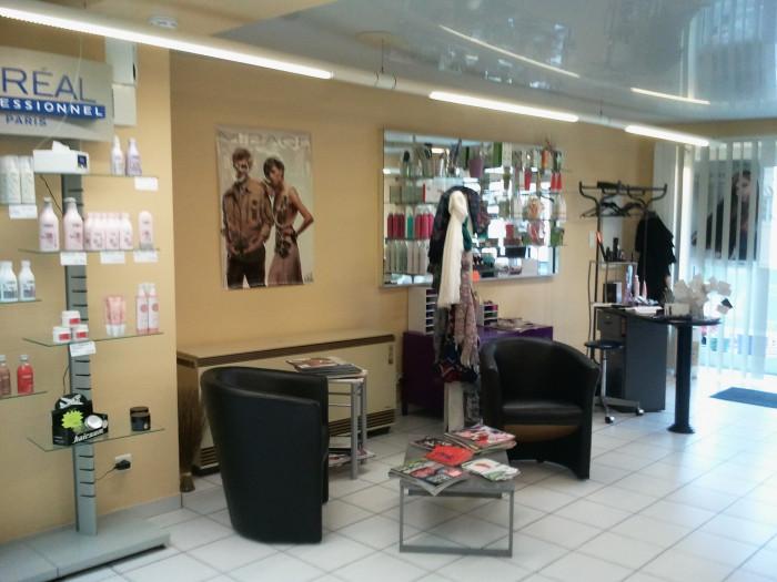 D tails for Salon de coiffure qui recherche apprenti