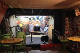 A reprendre, café-concert situé à Saint-Pourçain sur Sioule (Allier)