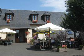 Hôtel-restaurant à Beaulieu (Cantal)