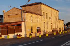 Hôtel Restaurant Station Service àreprendre en Charente-Maritime