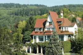 Façade hostellerie du château d'As