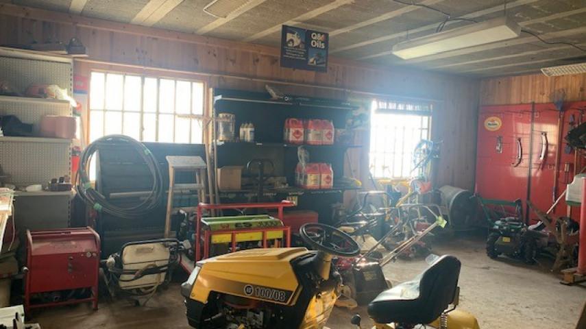 A reprendre fonds de commerce MOTOCULTURE et MATERIEL BTP secteur VILLEFRANCHE sur SAONE