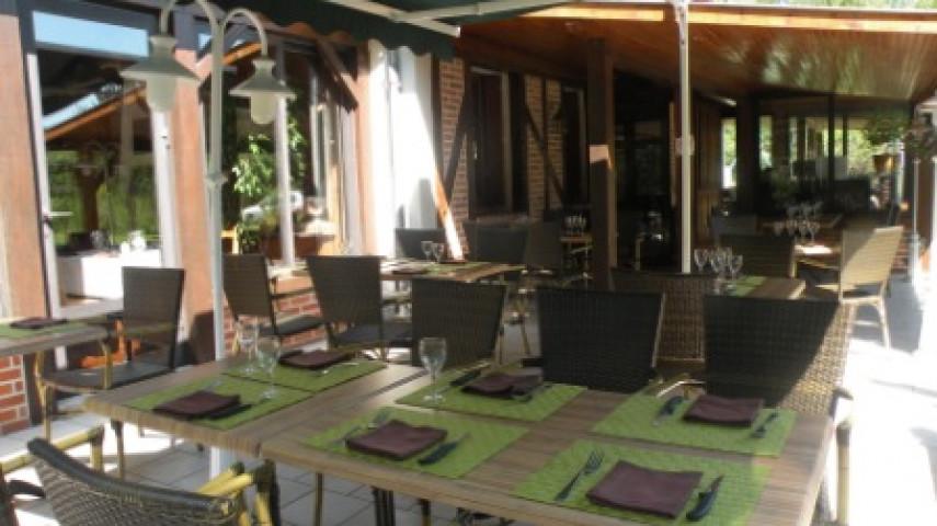 Restaurant Gièvres - Terrasse